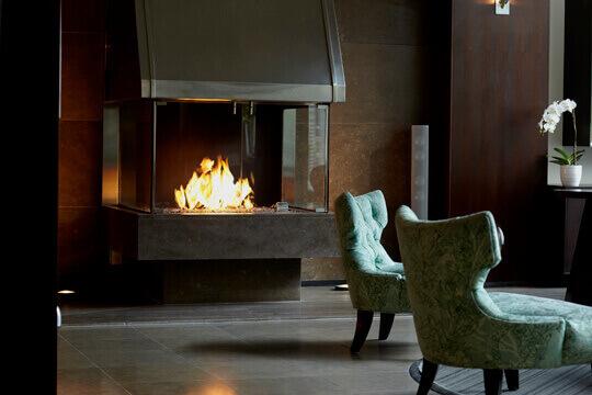 Cheminee-Hotel-Le-Germain