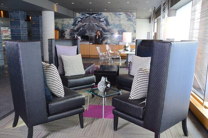 Hotel-10-Lobby