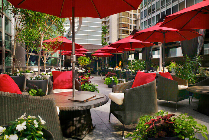 Terrasse-Restaurant-Sofitel-Montreal