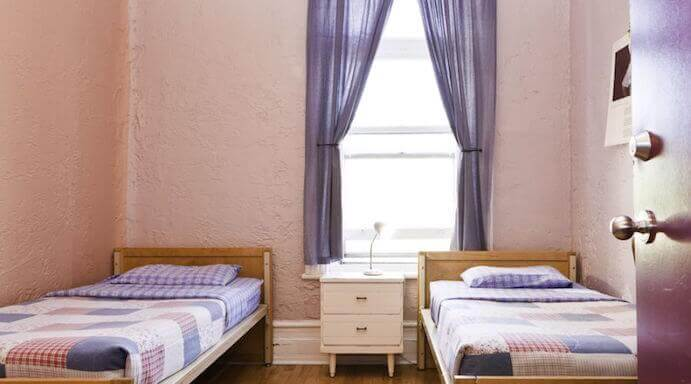 chambre-lits-simple-gite-montreal