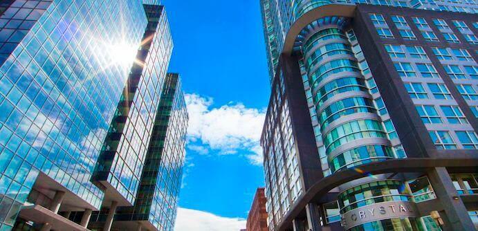 facade-hotel-le-crystal
