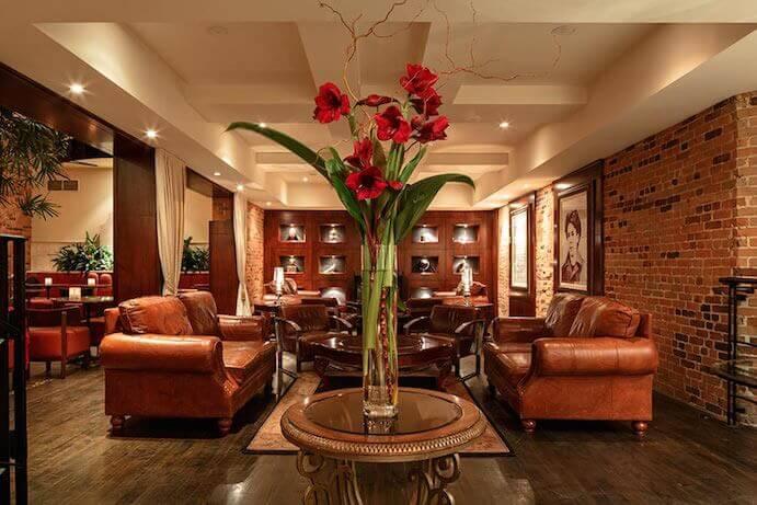 hotel-nelligan-lobby