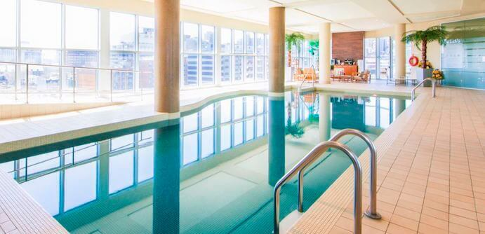piscine-hotel-le-crystal